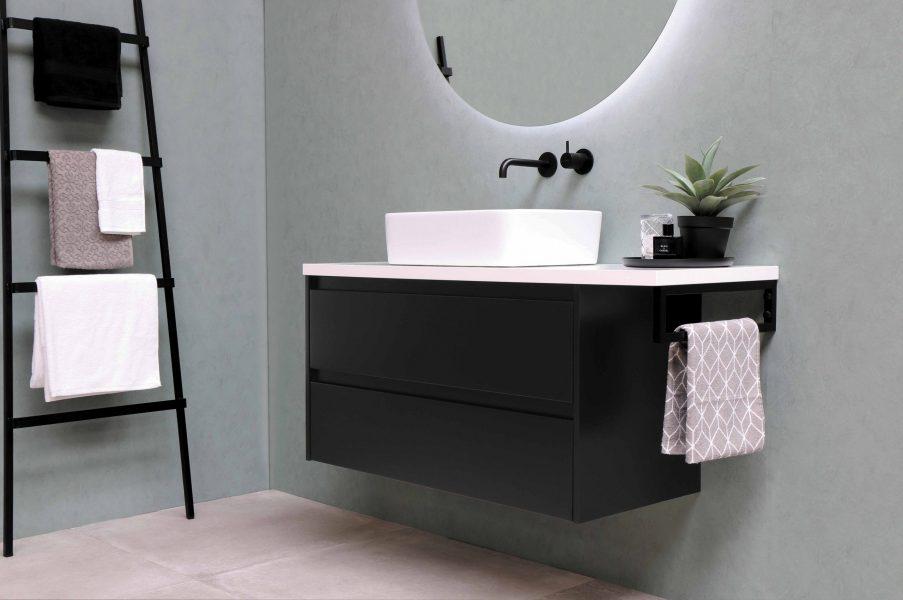 deco salle de bain style industriel scaled e1630755178930